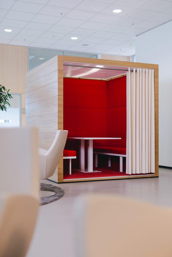 Büromöbel-kühnle'waiko-ComCube